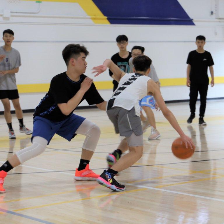 Royal Crown School – Sport
